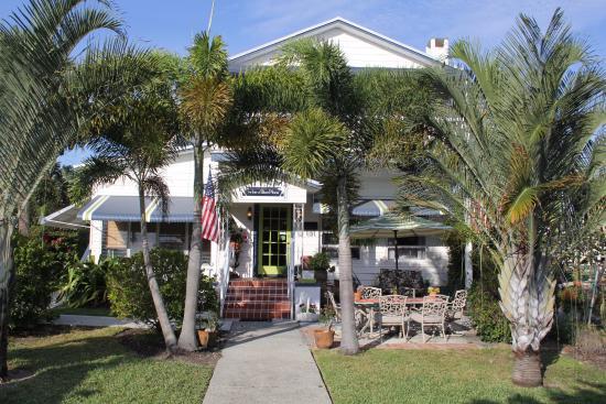 Jensen Beach, FL: Front of the Inn