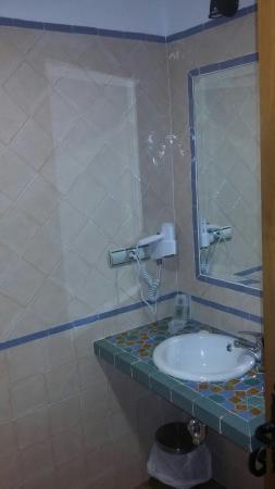 Hotel Estrella de las Nieves: IMG-20160325-WA0009_large.jpg