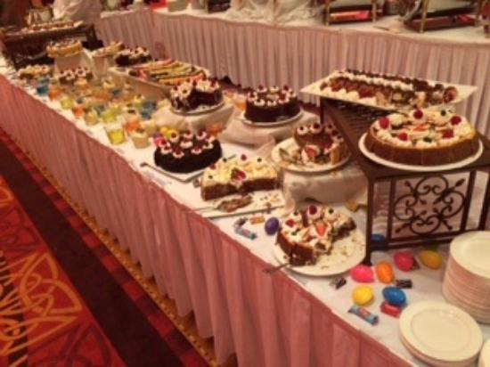 the dessert table oh yummy picture of embassy suites by rh tripadvisor com