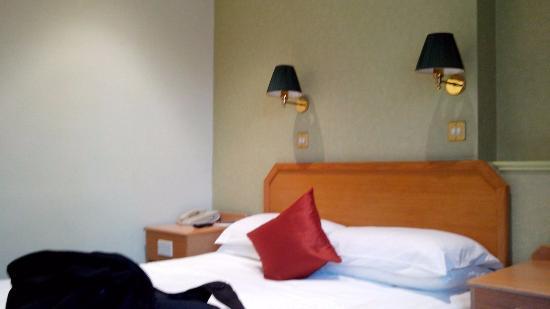 Phoenix Hotel: Cama muy cómoda