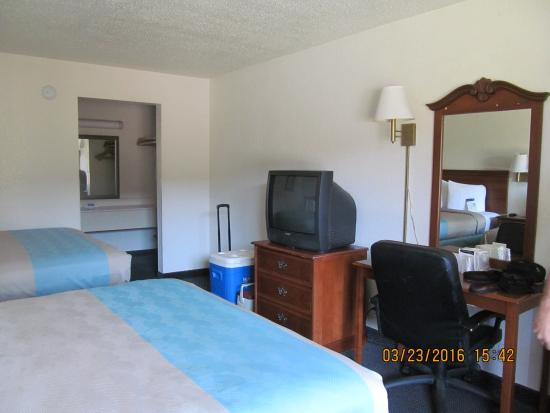 Motel 6 Spring Hill Weeki Wachee Photo