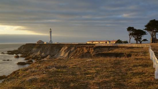 Point Arena Lighthouse : The Lighthouse at sunset
