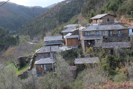 """Arouca Geopark: Uma pérola - """"Paradinha"""", com praia fluvial."""