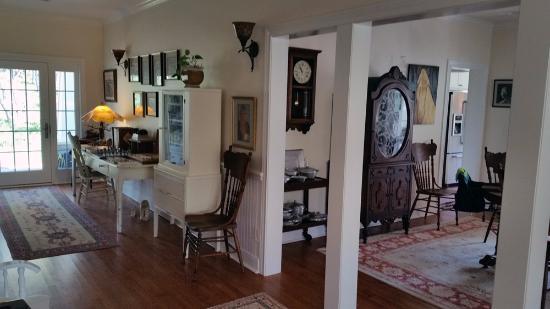 Alexandras House Gallery Hallway And Dining Room Entrance