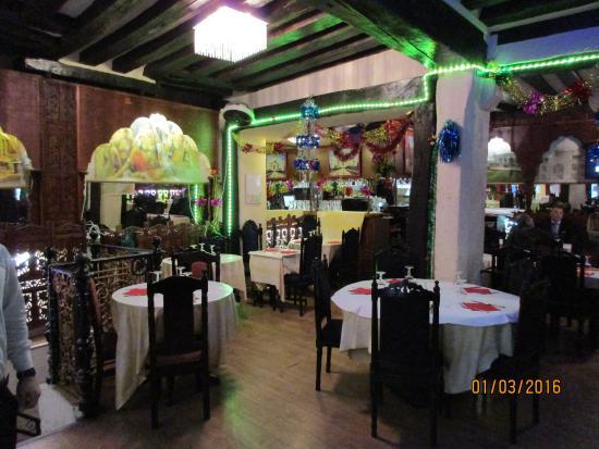 La salle du restaurant bild fr n samina paris tripadvisor for Resto lasalle