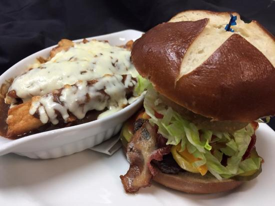 Estevan, Канада: burger
