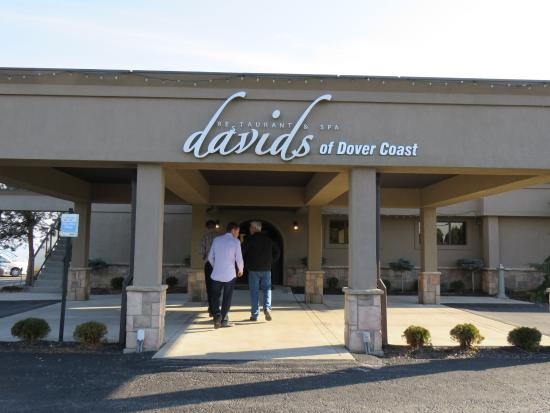Port Dover, Canadá: Restaurant Entrance
