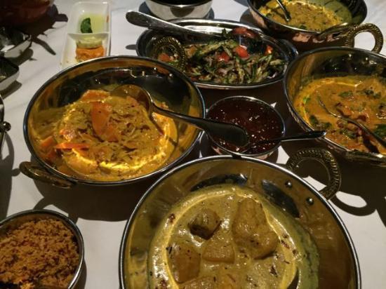 Reef Villa & Spa: The wonderful Ceylon curry !