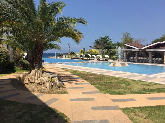 Beautiful resort and amazing staff!!