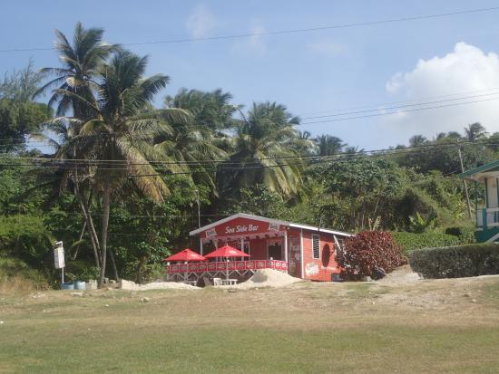 Sea-U Guest House: Sea Side Bar in Bathsheba