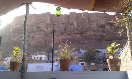 Hare Krishna Guest House : splendid view from upper terrasse