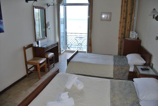 Gythion Hotel: double or triple with balcony