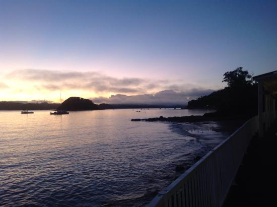 Craicor Boutique Apartments: Sunset in Paihia