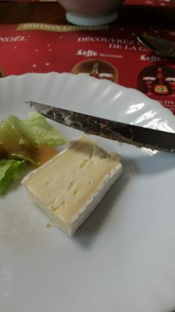 Goudelin, France : Salade brie