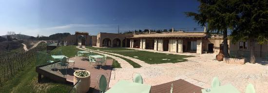 Tregnago, Italy: Location fantastica per i peccatori di gola! Relax assicurato! Consigliato a chiunque abbia vogl