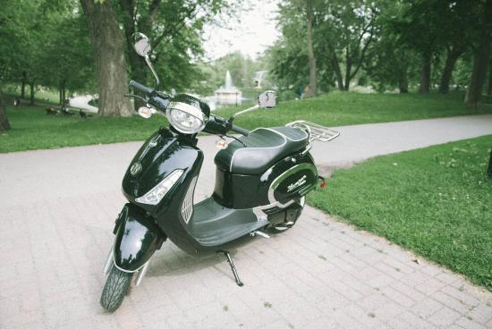 our rental electric scooter very nice looking picture of kumpan electric montreal tripadvisor. Black Bedroom Furniture Sets. Home Design Ideas