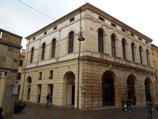 Palazzo Roncale