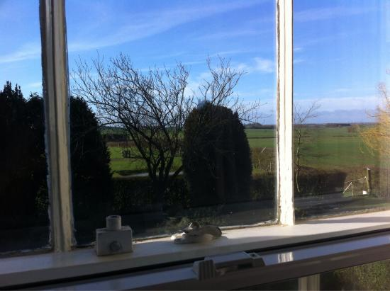 Grayingham Lodge: The lovely breakfast room and the view from the Northorpe room