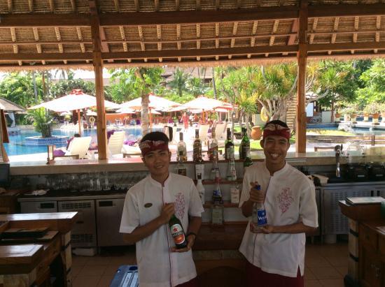 cheeky chappies in the chess bar picture of nusa dua beach hotel rh tripadvisor co za