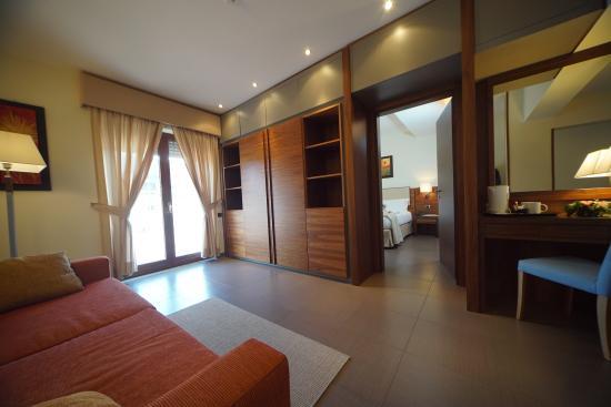 BEST WESTERN Suites & Residence Hotel: CAMERA SUITE