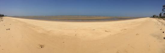 Saadani National Park, แทนซาเนีย: Saadani Beach