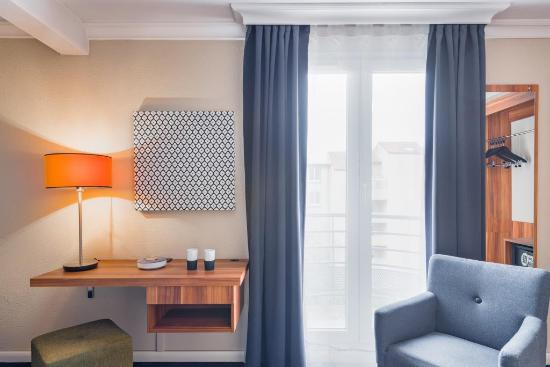 Bureau chambre standard double photo de atrium hotel valence