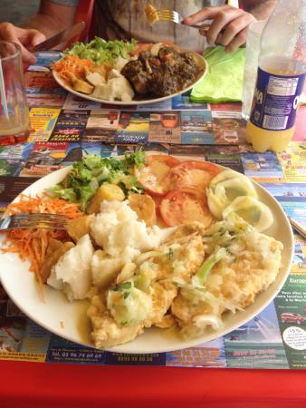 L'Arbre a Pain : Fish with local ,seasonal veg .