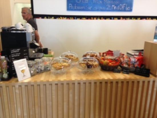 Rigi Kaltbad, Suiza: Snack bei der Rezeption