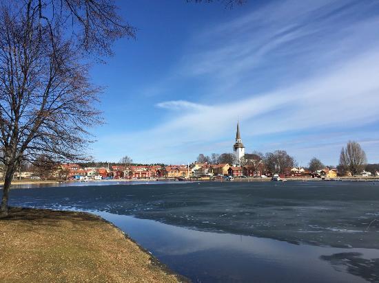 Södermanlands län, Sverige: The view toward Mariefred (March 2016)