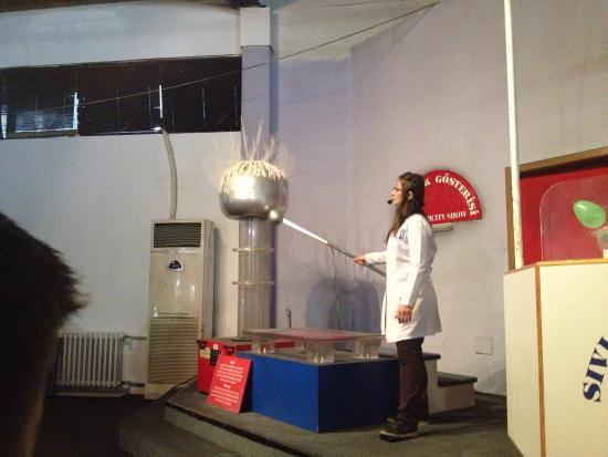 Feza gürsey bilim merkezi - Feza Gürsey Bilim Merkezi ...