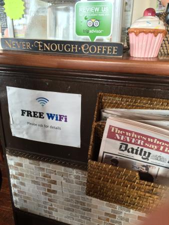 Bexhill-on-Sea, UK: The counter - free Wifi & newspapers