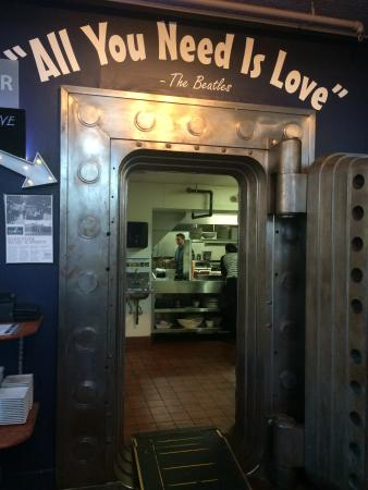 EvenFlow : Bank Vault Door
