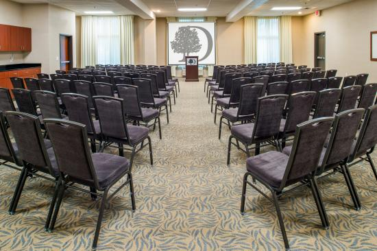 DoubleTree by Hilton Hotel Olympia: Meeting Room