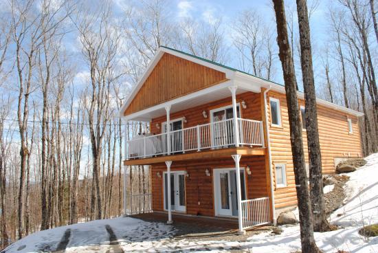 Val-Racine, Canadá: Le chalet qui comporte 4 suites