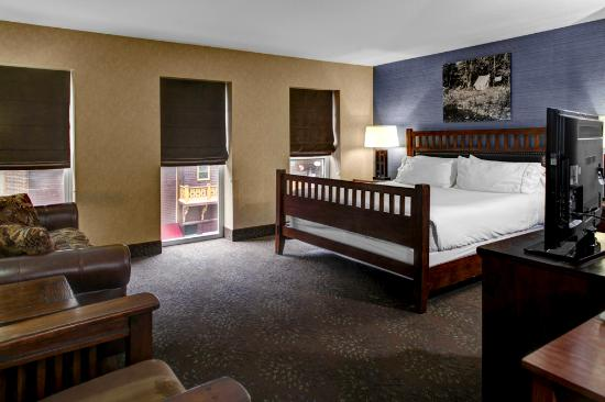Hotel With Jacuzzi In Room Deadwood Sd
