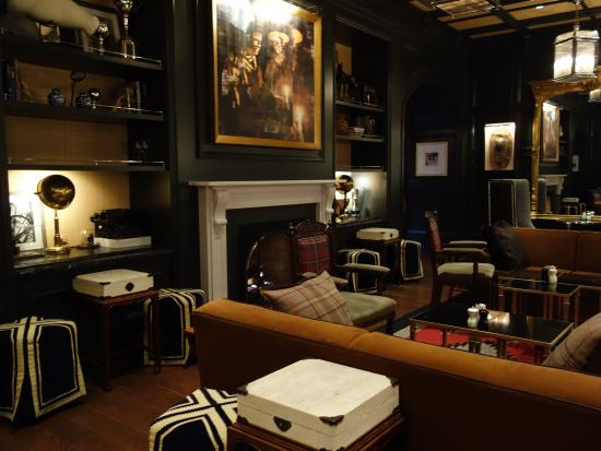 Living Room bar @ Hotel Jerome - Picture of The Living Room, Aspen ...
