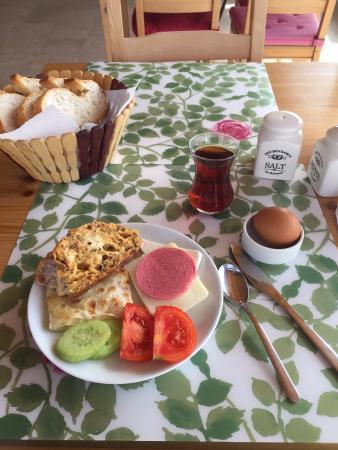 Karadut Cave Hotel: Breakfast