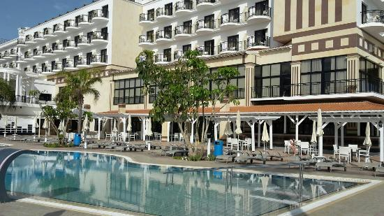 Constantinos the Great Beach Hotel: IMG-20160324-WA0027_large.jpg