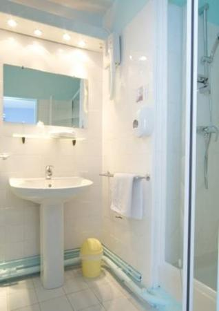 Le grand hotel orleans frankrike omd men och for Salle de bain economique