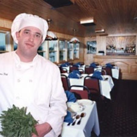 Raquette Lake, estado de Nueva York: Chef Jim, a graduate of the Culinary Institute of America