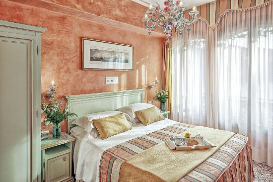 Photo of Albergo Firenze Venice