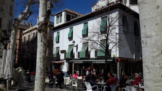 Pension Zurita: desde la plaza de la Trinidad