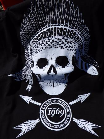 Of Shirt A La T Picture Courchevel Meribel Folie Douce wknP0O