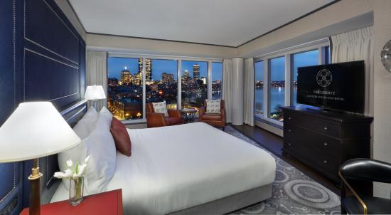 The Liberty, A Luxury Collection Hotel: Charles River Suite