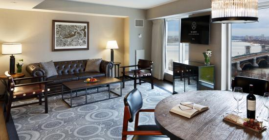 charles river suite living room picture of the liberty a luxury rh tripadvisor com
