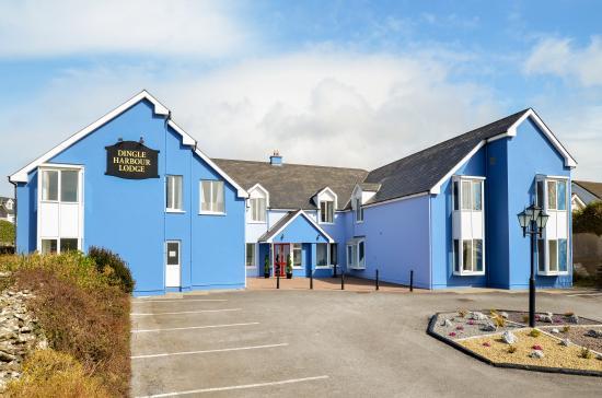Dingle Harbour Lodge: Guesthouse Exterior