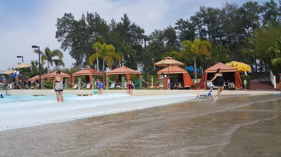 Adventure Island Tampa: Some Of The Available Cabanas . . . These Are By The Wave