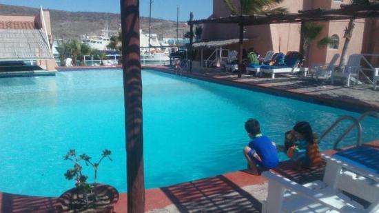 Club Hotel Cantamar : alberca