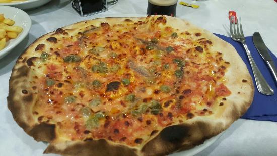 Pizzeria Grand Prix Motor Pub: Pizza Napoli