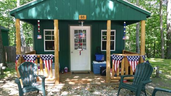 Shelburne, Nueva Hampshire: Cabin w 1/2 Bath